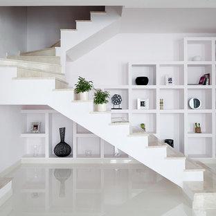 Idéer för att renovera en funkis u-trappa i marmor, med sättsteg i marmor