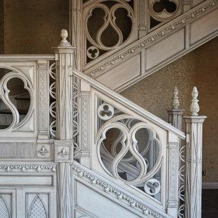 モスクワのヴィクトリアン調のおしゃれな階段の写真