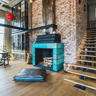 Réalisation d'un grand escalier sans contremarche droit urbain avec des marches en bois.