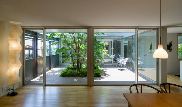 Asian Living Room by 村田淳建築研究室 JUN MURATA ARCHITECTS
