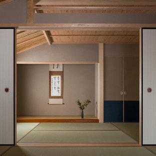 Asiatisches Wohnzimmer mit Tatami-Boden in Kyoto