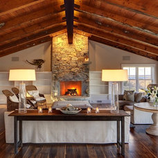 Traditional Living Room by sullivan o'connor architects