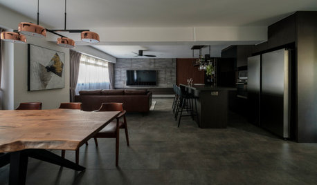 Houzz Tour: Rustic Meets Luxury in This 5-Room Flat