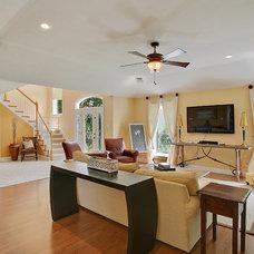 Contemporary Living Room by Tina Felder, Realtor, Realty Executives SELA