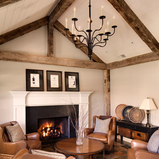 Inspiration for a country living room in Milwaukee with slate floors.