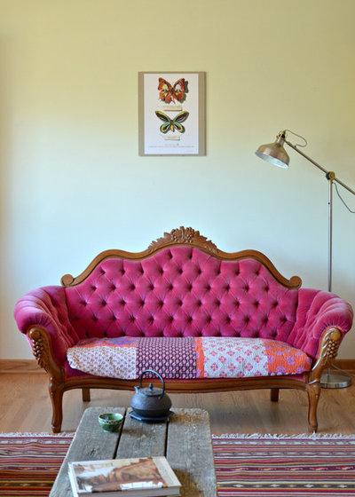 Eclectic Living Room by Lola Nova