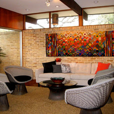 Modern Living Room by Larcade Larcade, Arch., Interior Design and Color