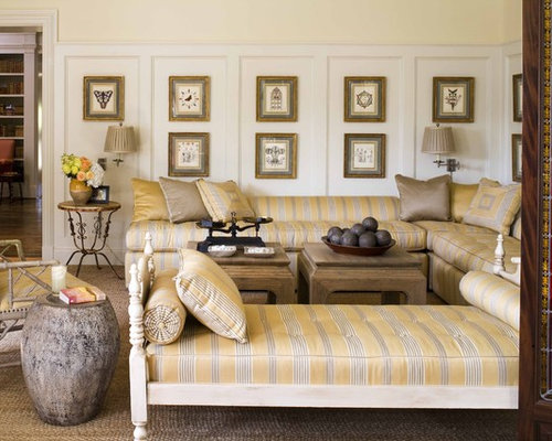 Beautiful Inspiration For A Timeless Living Room Remodel In Dallas With Beige Walls Part 26
