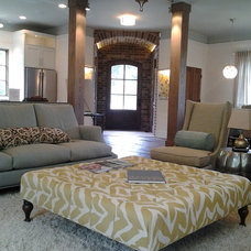 Traditional Living Room by Homeworks of Alabama, Inc