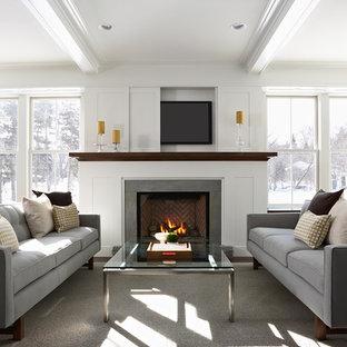 Свежая идея для дизайна: гостиная комната в современном стиле с скрытым ТВ - отличное фото интерьера