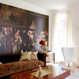 Example of a trendy living room design in DC Metro