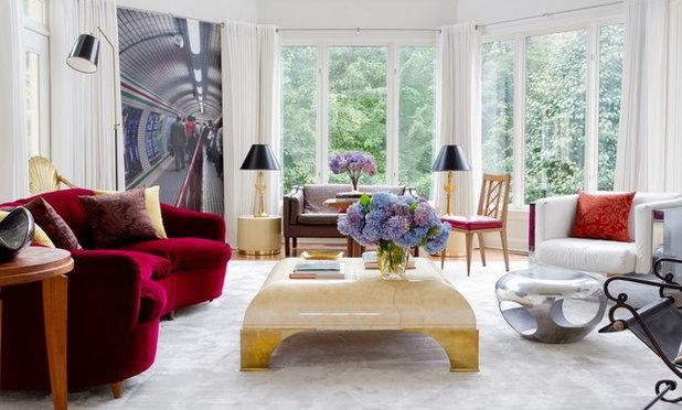 Contemporary Living Room by Raji RM
