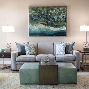 Идея дизайна: большая открытая гостиная комната в стиле современная классика с серыми стенами, паркетным полом среднего тона, стандартным камином, фасадом камина из камня, отдельно стоящим ТВ и оранжевым полом