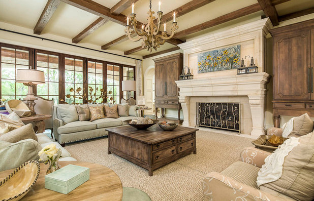 Traditional Living Room by Platinum Homes by Mark Molthan