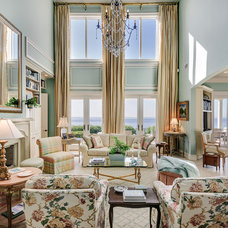 Traditional Living Room by Emerald Coast Real Estate Photography