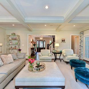 ワシントンD.C.の大きいトラディショナルスタイルのおしゃれなLDK (フォーマル、テレビなし、緑の壁、濃色無垢フローリング、コーナー設置型暖炉、タイルの暖炉まわり、茶色い床) の写真