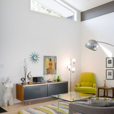 Midcentury Living Room by Bob Greenspan Photography
