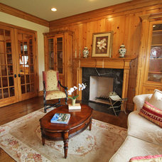Traditional Living Room by McReynolds Designs