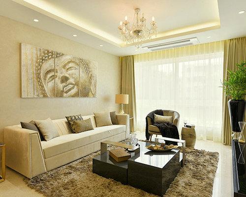 Medium sized yellow living room design ideas renovations for Medium sized living room