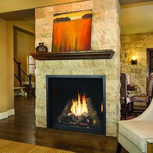 シアトルの大きいトランジショナルスタイルのおしゃれなリビング (フォーマル、ベージュの壁、無垢フローリング、標準型暖炉、石材の暖炉まわり、茶色い床) の写真