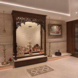 Tropenstil Wohnzimmer in Mumbai