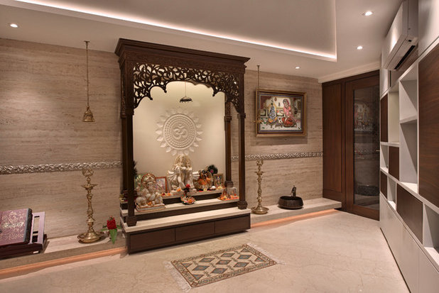 Indian Family Room by Milind Pai Architects & Interior Designers