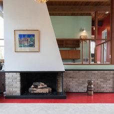 Modern Living Room by Kenorah Design + Build Ltd.