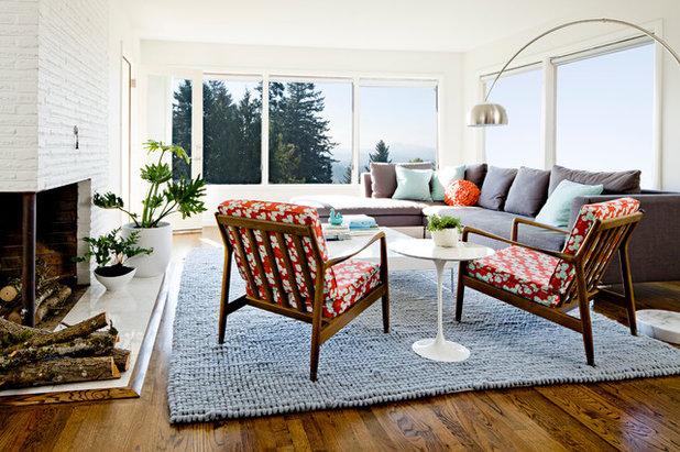 Midcentury Living Room by Jessica Helgerson Interior Design