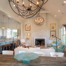 Living Room by Borges Brooks Builders