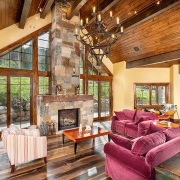 75 Omaha Drive - Living Room