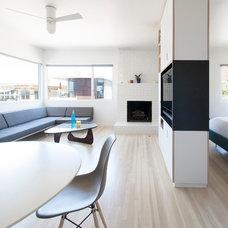 Modern Living Room by ras-a, inc.