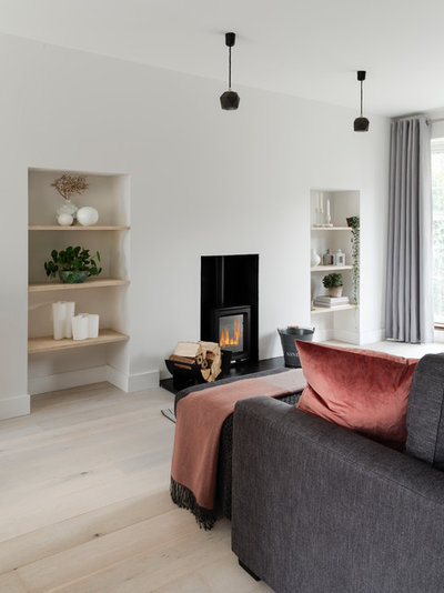 Contemporary Living Room by fiftypointeight Architecture + Interiors