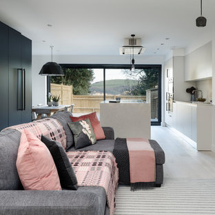 A 1980's Terrace, Remodelled & Modernised