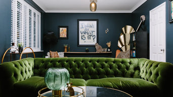 A dramatic but cosy living room