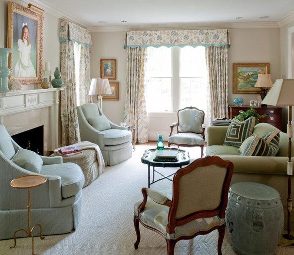 Traditional Living Room by Teri Thomas Interiors