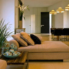 Contemporary Living Room by Moshi Gitelis - Photographer
