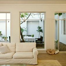 Contemporary Living Room by Moshi Gitelis - Photographer