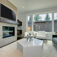 Contemporary Living Room by Maillot Homes