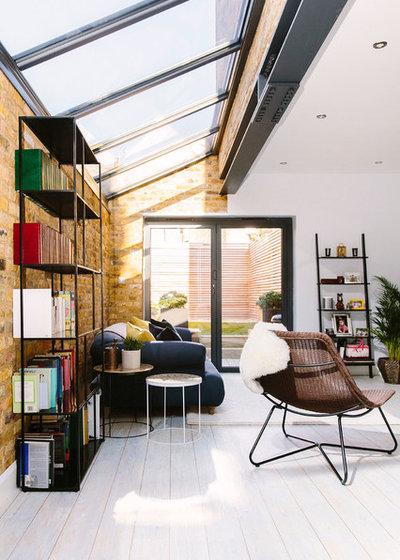Modern Wohnbereich by Resi
