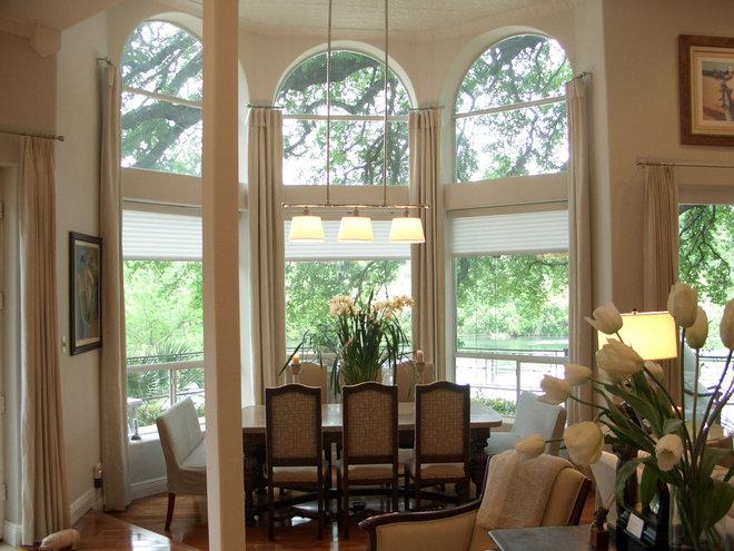 Traditional Living Room by Terri Symington, ASID