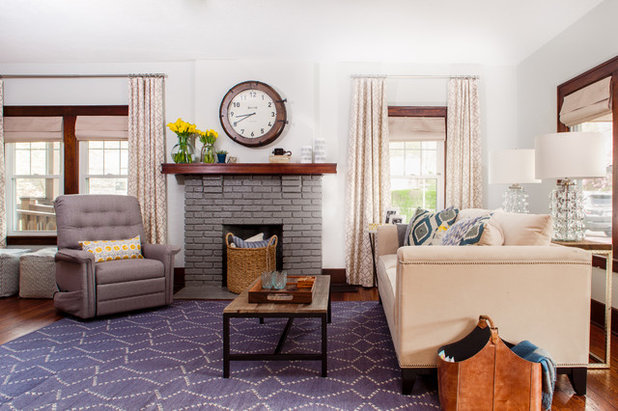 Traditional Living Room by Niche Interiors