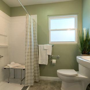 Esempio di un piccolo soggiorno chic chiuso con pareti verdi e pavimento in vinile
