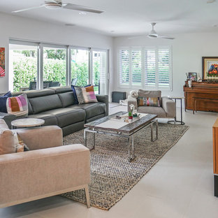 Example of a trendy living room design in Miami