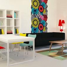 Contemporary Living Room by Praktyczne i Piękne