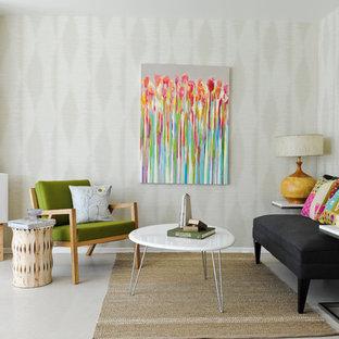 Ejemplo de salón vintage, pequeño, con paredes beige
