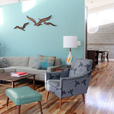 Midcentury Living Room by Ryan Thewes Architect