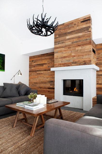 Contemporary Living Room by Amanda Ayres Interiors