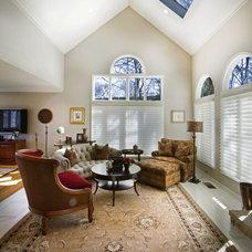 Traditional Living Room by Dreambridge Design, LLC.