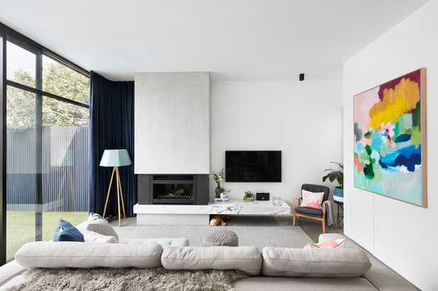 Contemporary Living Room by MAYD