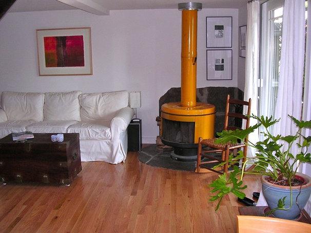 Eclectic Living Room Alison's Branford Cottage